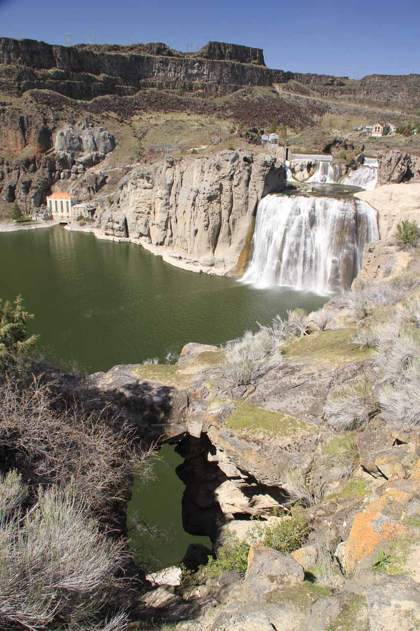 I couldn't tell if this arch was natural or some artifact of human activity, but if it is a natural arch, that would certainly be an interesting perk in visiting Shoshone Falls