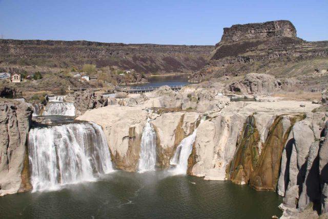 Shoshone_Falls_098_20130424 - Looking at the full width of Shoshone Falls