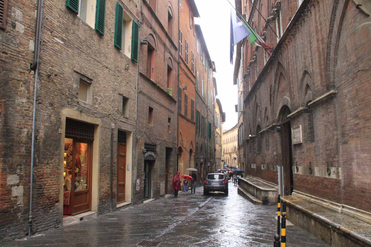 Still making our way towards Il Duomo amongst the soggy streets of Siena
