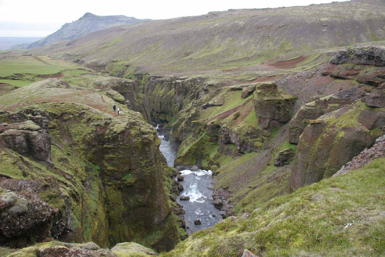 Looking downstream near Foss #14 (I think) at some folks in the distance who got right up to the edge of the cliff for a view
