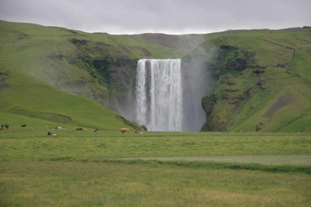 Skogafoss_073_07062007 - Skogafoss was further to the east along the Ring Road, and it was definitely one of Iceland's signature waterfalls