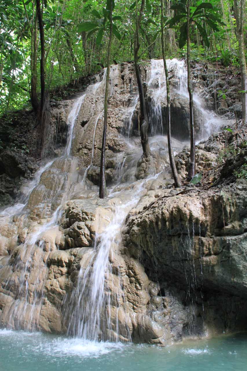 Approaching the main falls