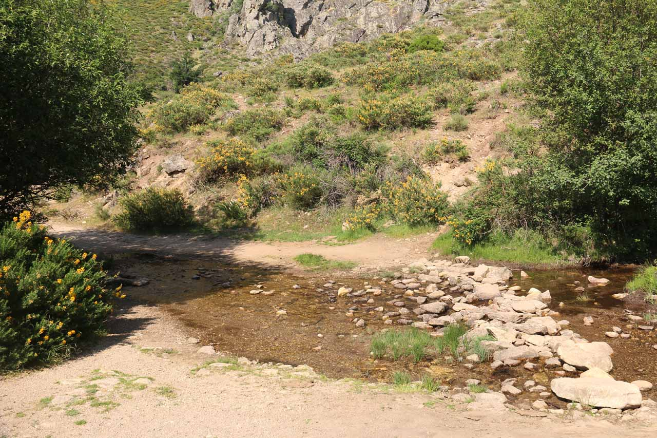 The first stream crossing as we headed towards the Somosierra Waterfall