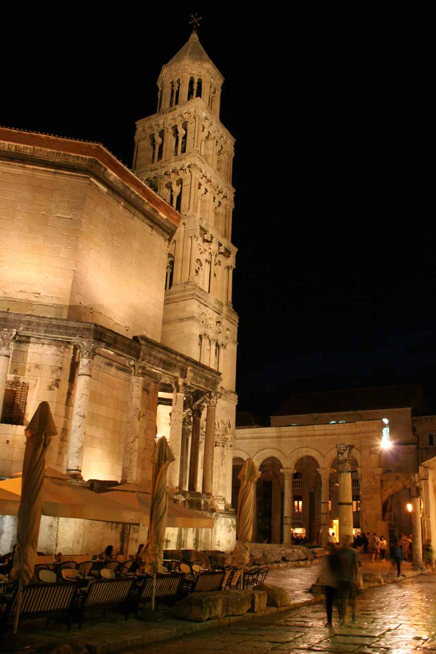 Night view of the Peristil and Bell Tower