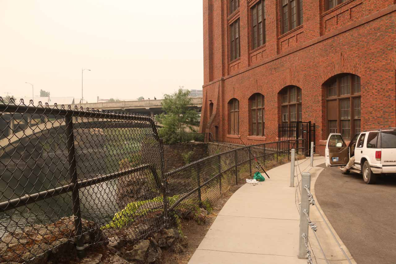 Approaching a narrow corridor that took me behind the Huntington Park building towards the North Post Street Bridge