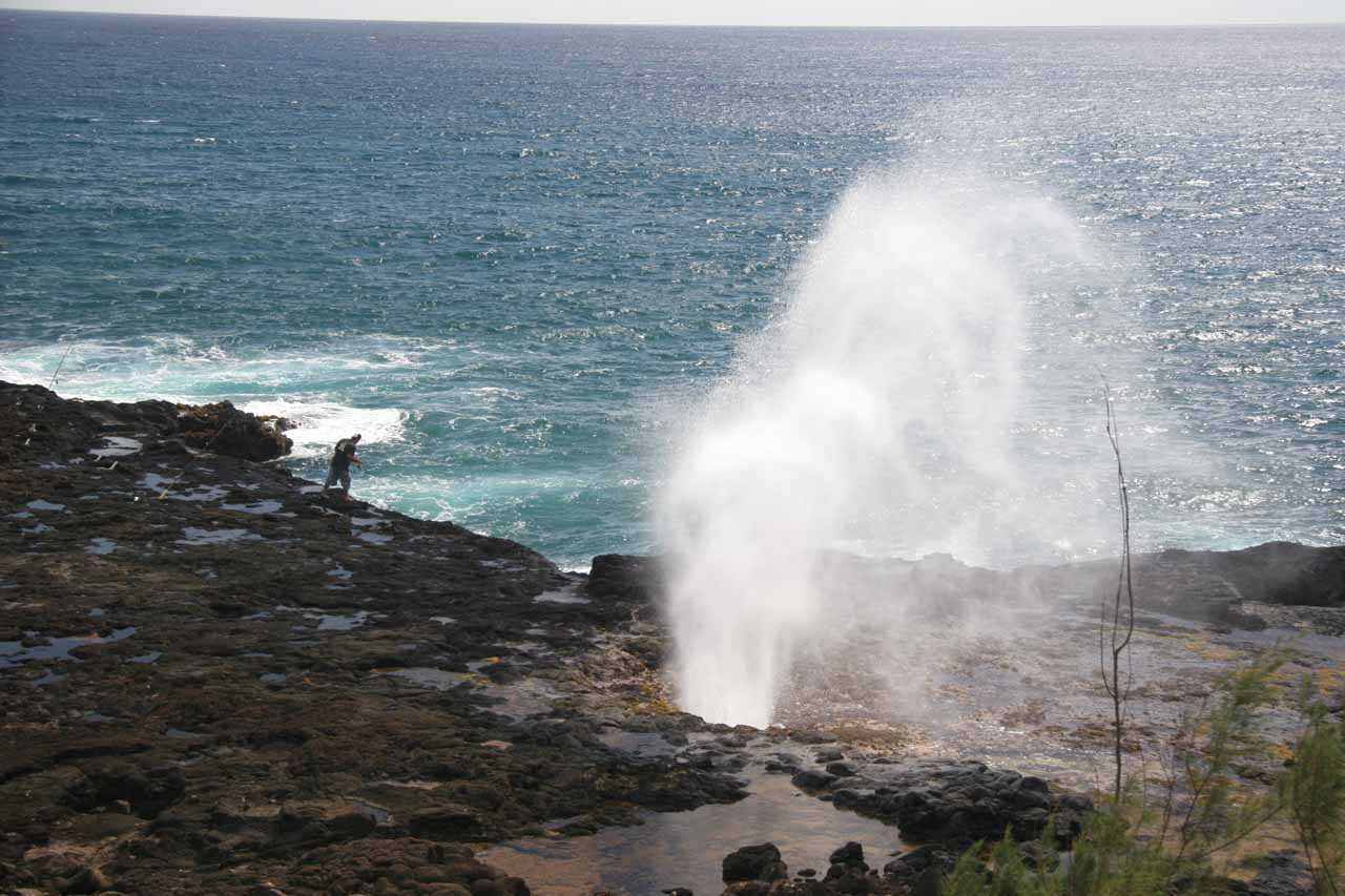 Further to the south near the resorts of Po'ipu was the Spouting Horn Blowhole