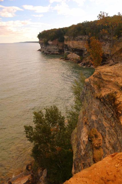 Spray_Falls_hike_115_09302015 - Looking back along more of the scenic cliffs of the Pictured Rocks around the vicinity of Spray Falls