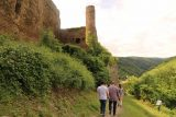 St_Goar_114_06172018 - Continuing along other parts of the inaccessible exterior of Burg Rheinfels during the all-German-speaking guided tour