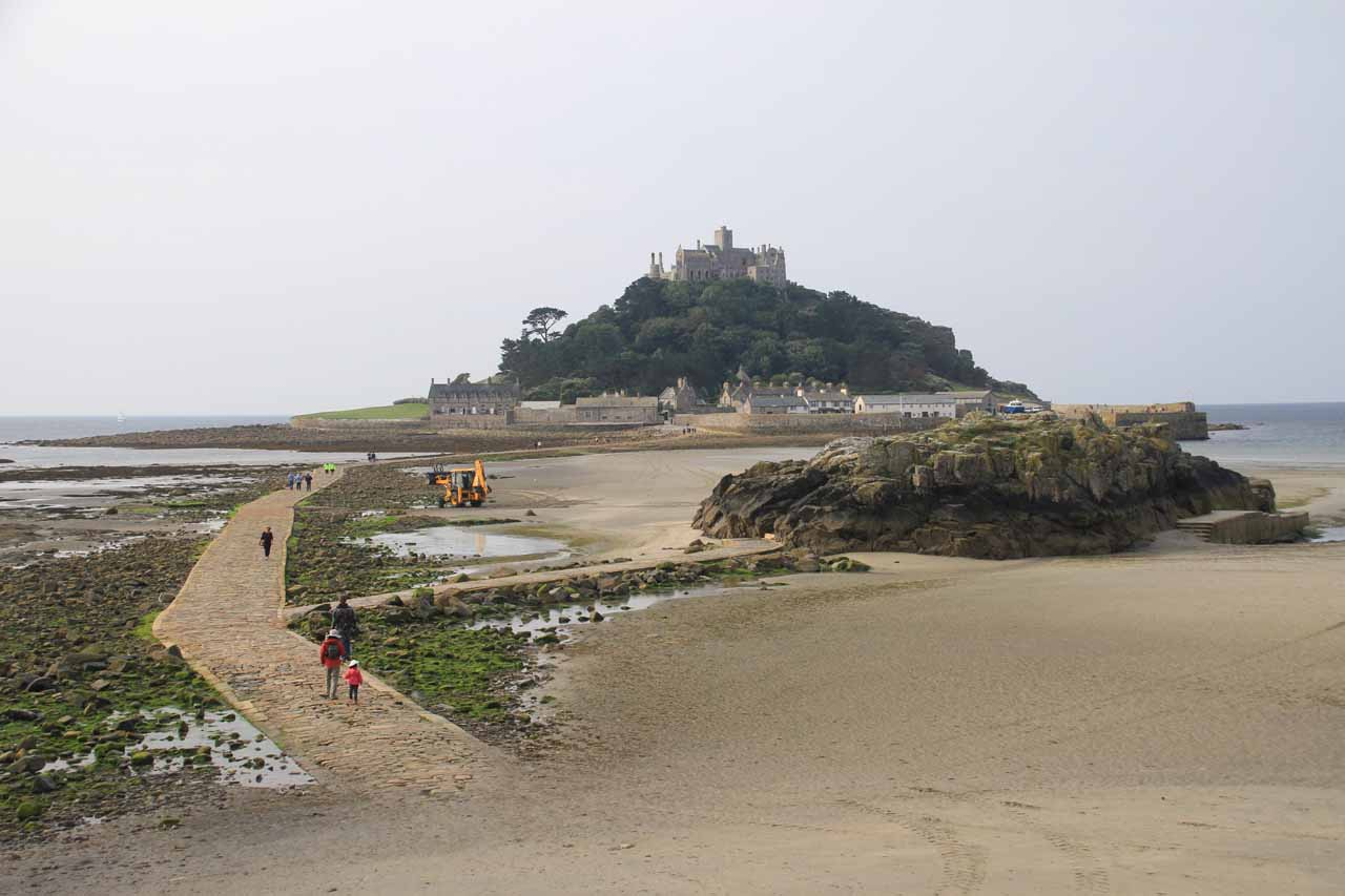 A pleasant and atmospheric visit to the St Michael's Mount on a tidal island (like a smaller version of the one in Normandie, France) was near Penzance, which was roughly 2.5 hours from Becky Falls