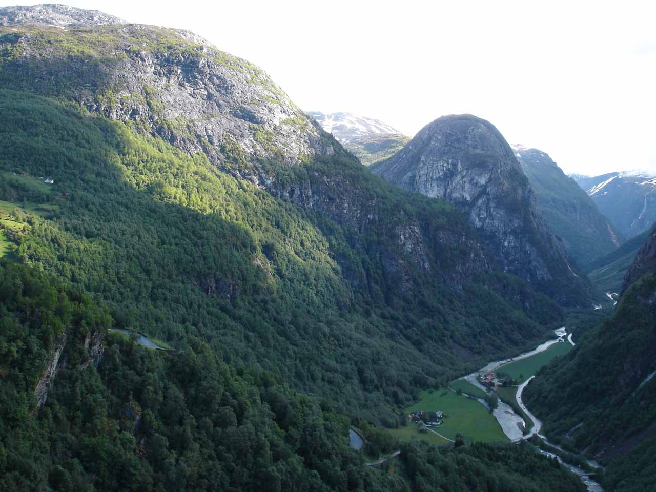 Our brief (and rainy) visit into Modalen was followed up the next day by a drive into the beautiful Nærøydal Valley after descending Stalheimskleiva