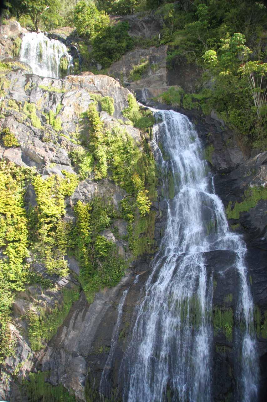 Looking up at Stoney Creek Falls