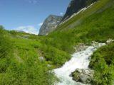 Storsaeterfossen_028_07012005 - Looking further upstream into the valley upstream of Storsaeterfossen