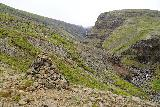 Strutsfoss_210_08112021 - Context of Strutsfoss and the large rock cairn in front of it