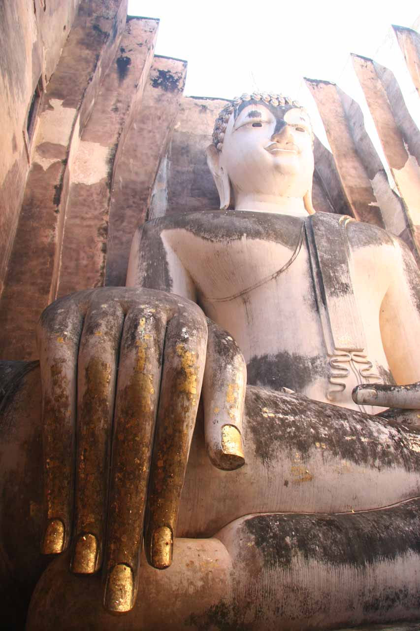 About 121km north of Kamphaeng Phet city is the city of Sukhothai, which also features a UNESCO World Heritage historical park with such attractions like this large Buddha