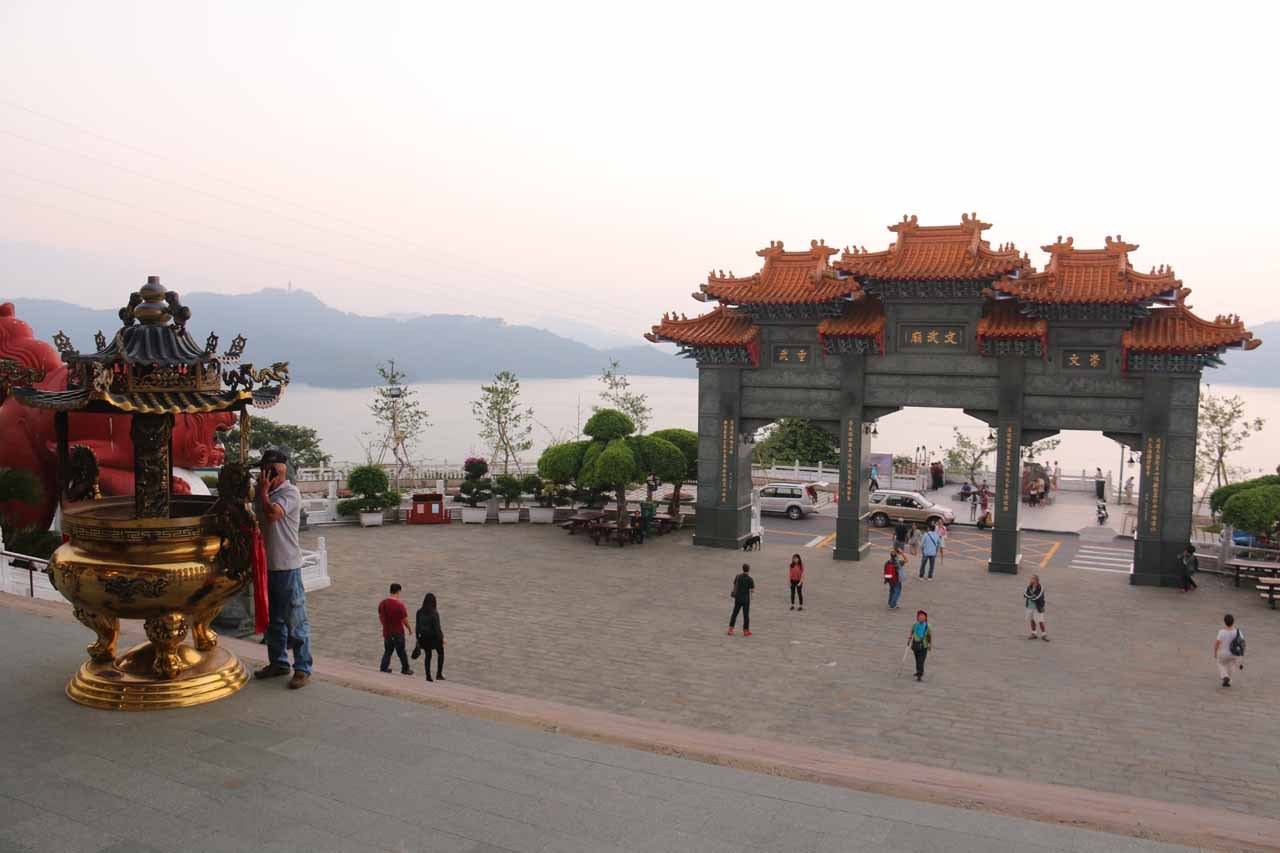 A real nice place to enjoy views over Sun Moon Lake was at the Wenwu Temple on the northern shores of the lake