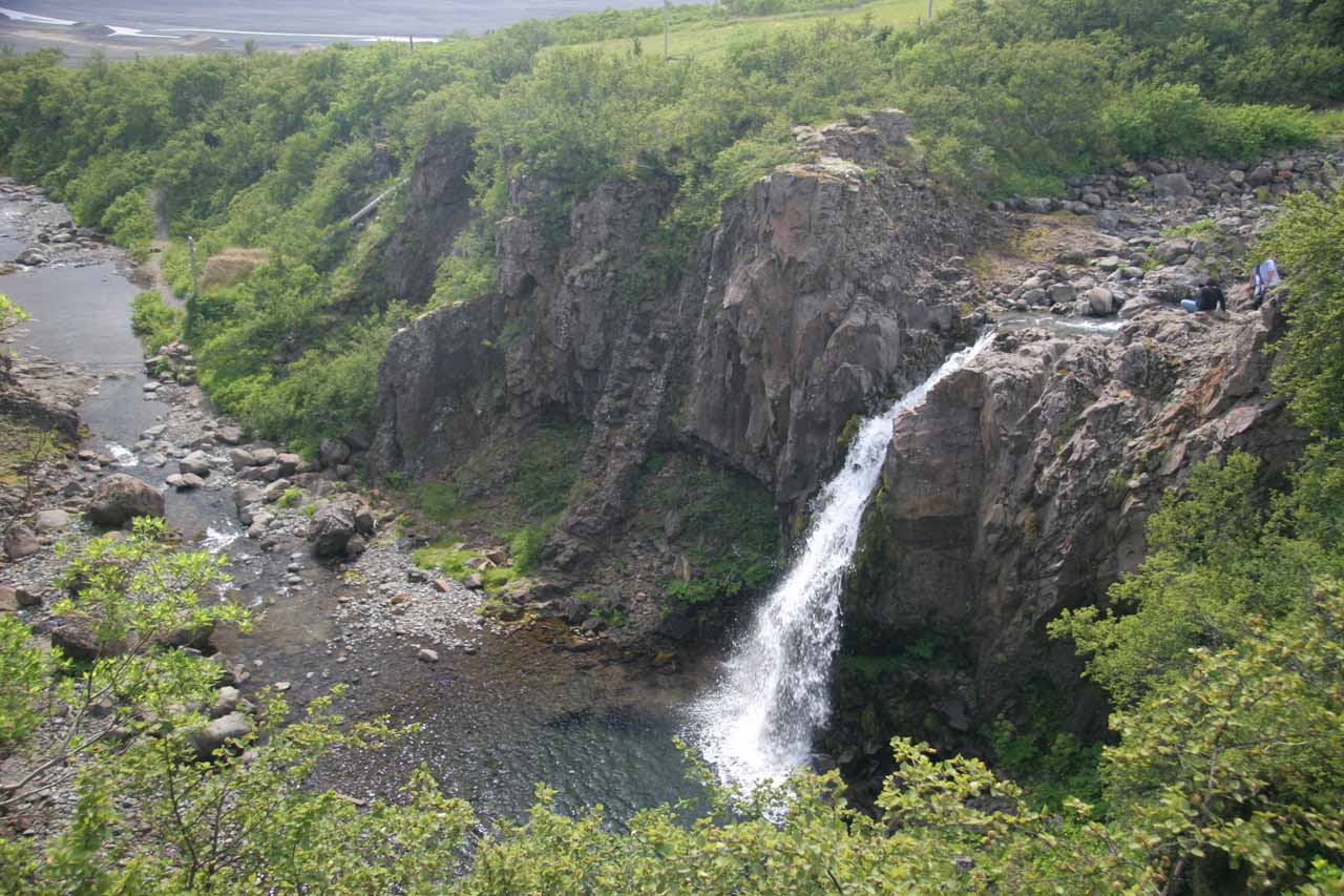 Magnúsarfoss was the second waterfall we saw on the hike to Svartifoss. Here's a view of the falls with its ravine