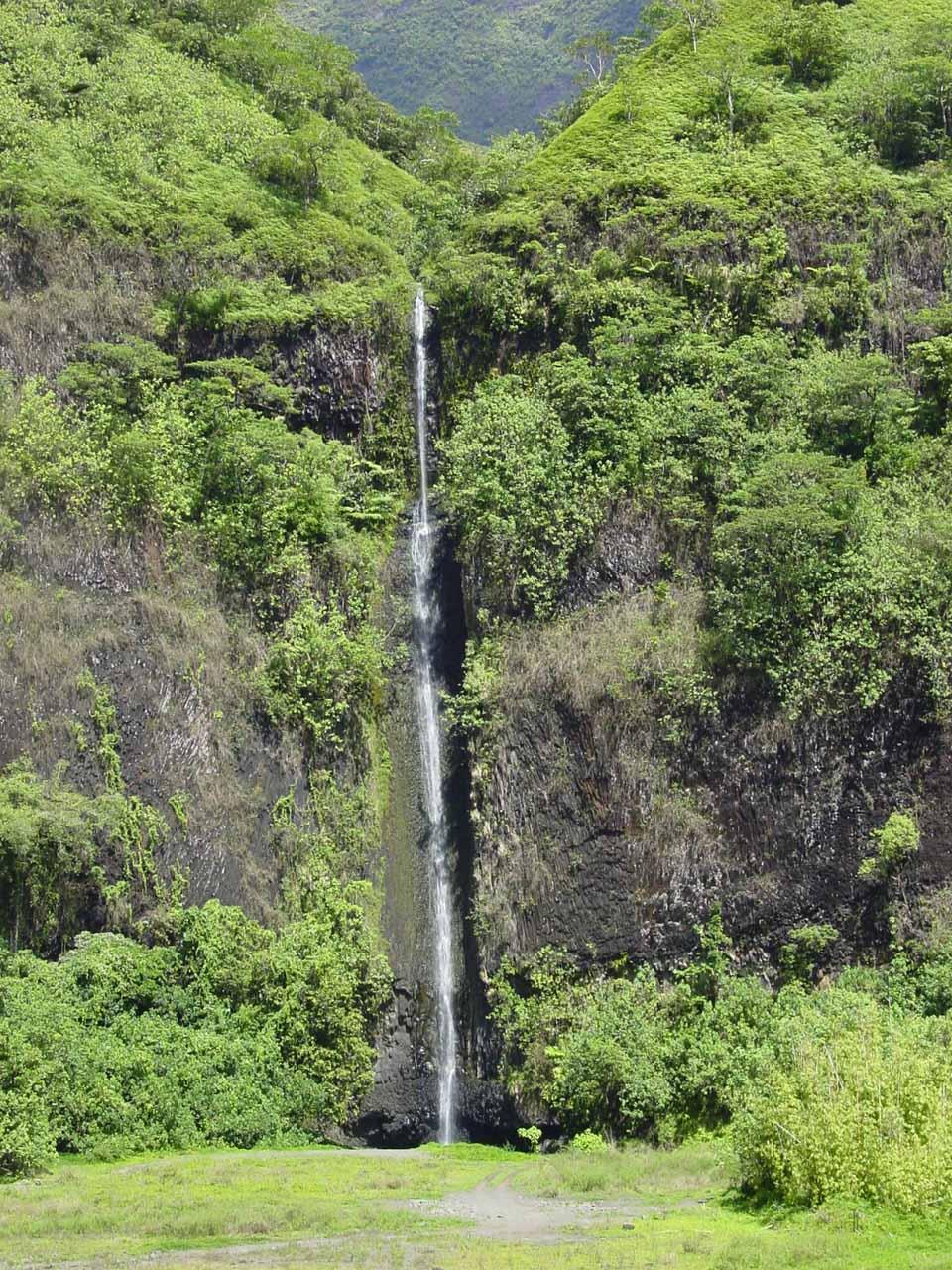 Vaiharuru Falls in Papenoo Valley