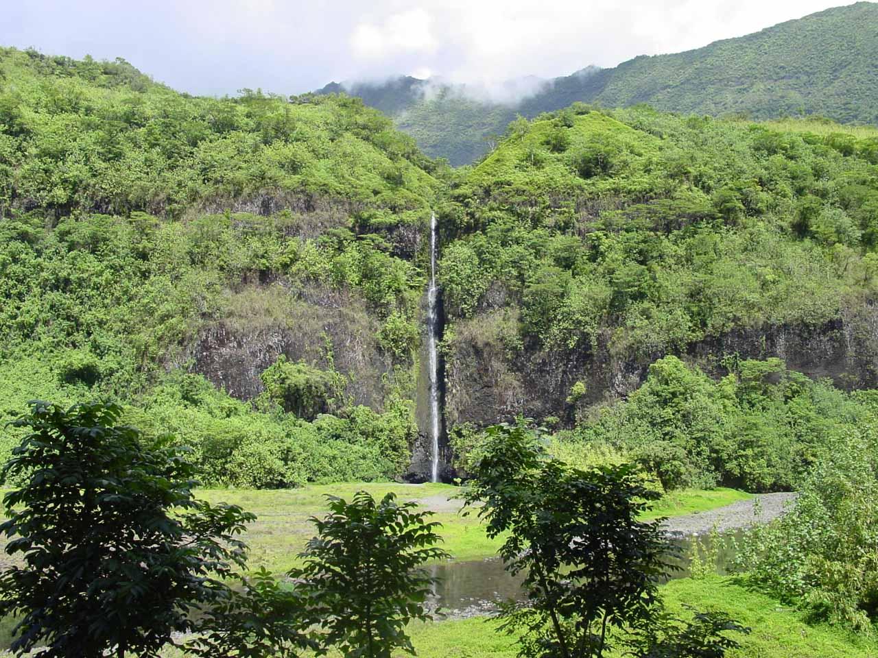 Vaiharuru Falls - one of the main Papenoo Waterfalls