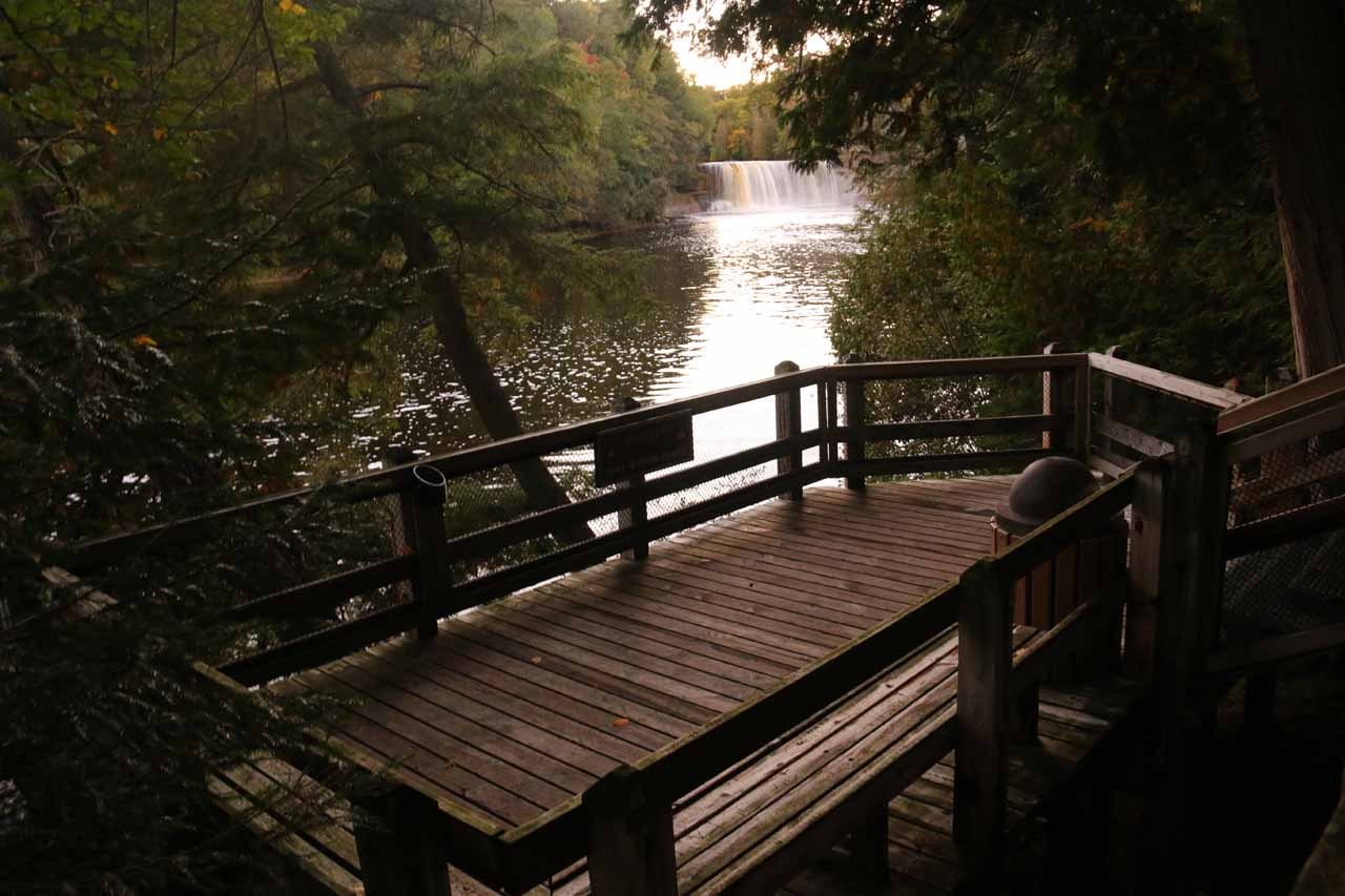Context of the last lookout for the Upper Tahquamenon Falls