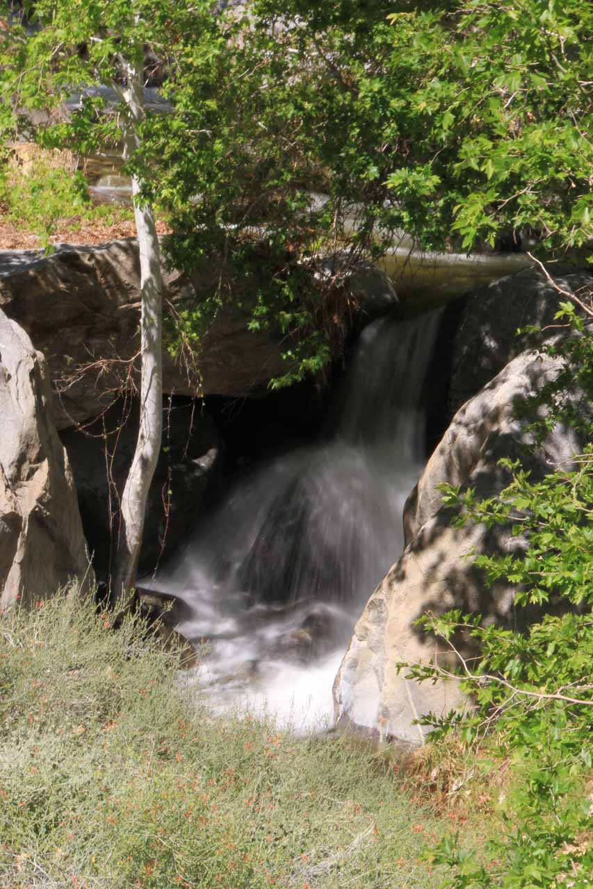 Small cascade before the main falls