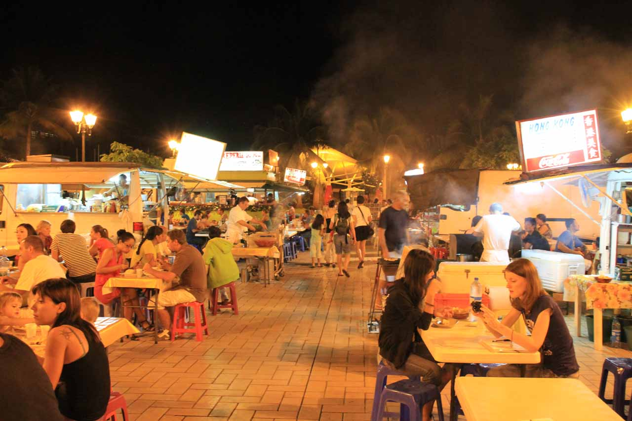 After the long and tiring hike up to Cascade de Fachoda, the family got to experience some Tahitian food for 'reasonable' prices from roulottes (i.e. food trucks) at the atmospheric Papeete Waterfront