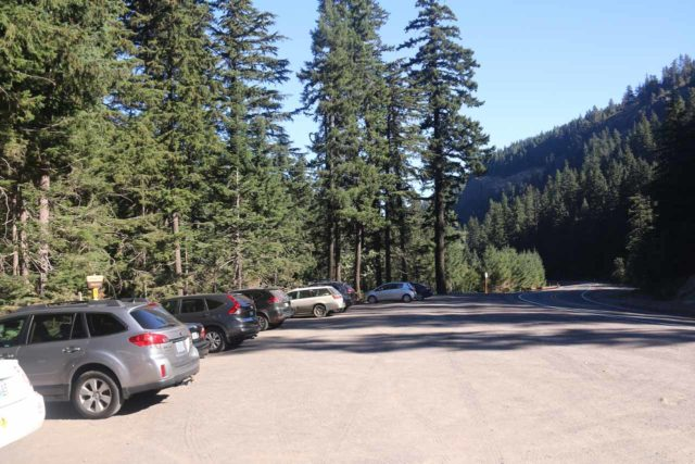 Tamanawas_Falls_172_08182017 - When I came back to the Tamanawas Falls Trailhead after completing the hike, the parking spaces were filling up