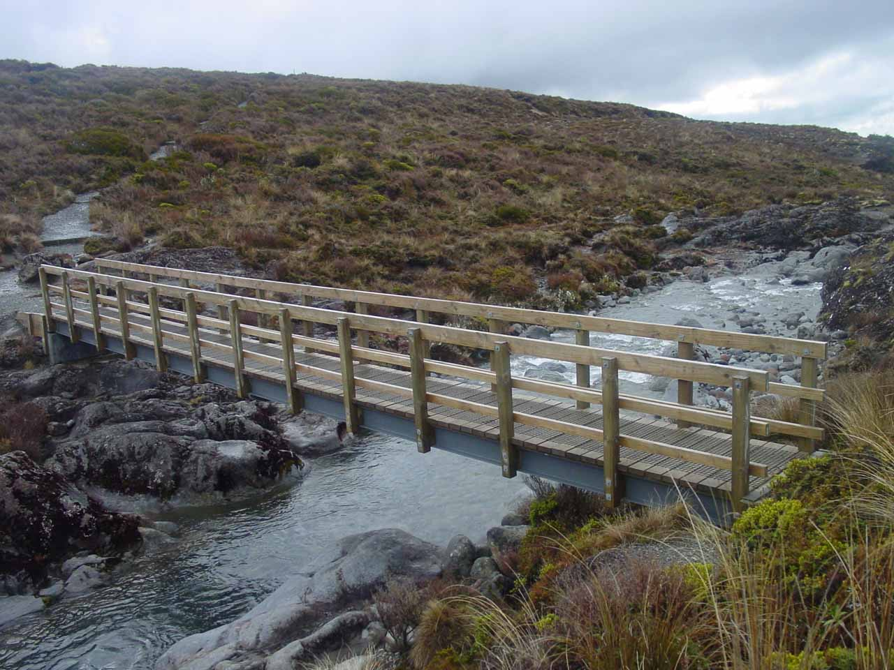 The bridge just upstream from Taranaki Falls