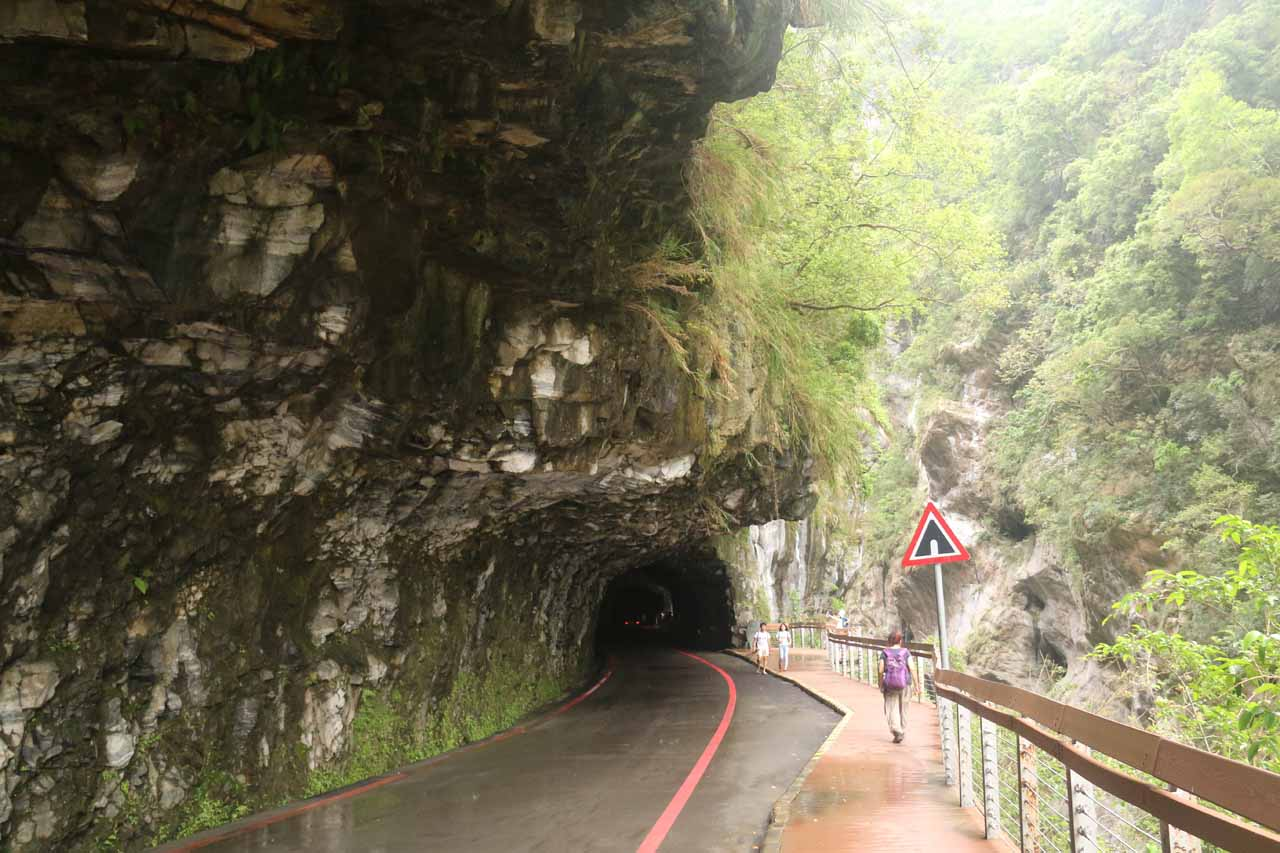 After turning around at the suspension bridge, we were now walking along the direction of the one-way road through the Swallow Grotto section