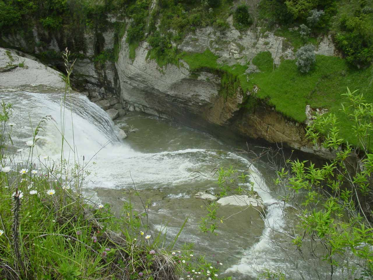 Looking down more towards the brink of Te Reinga Falls