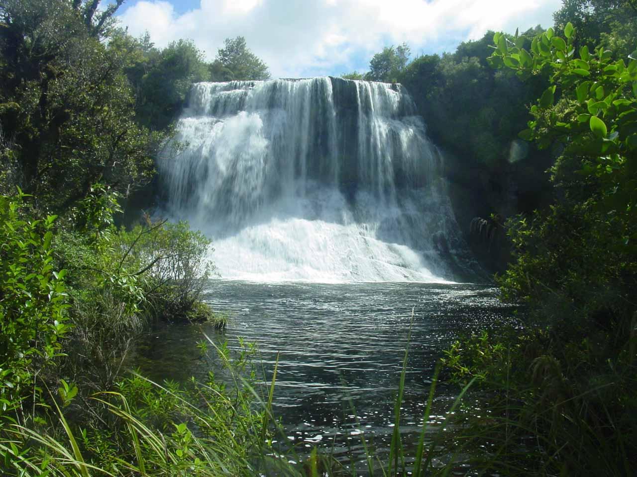 Direct view of the attractive Papakorito Falls