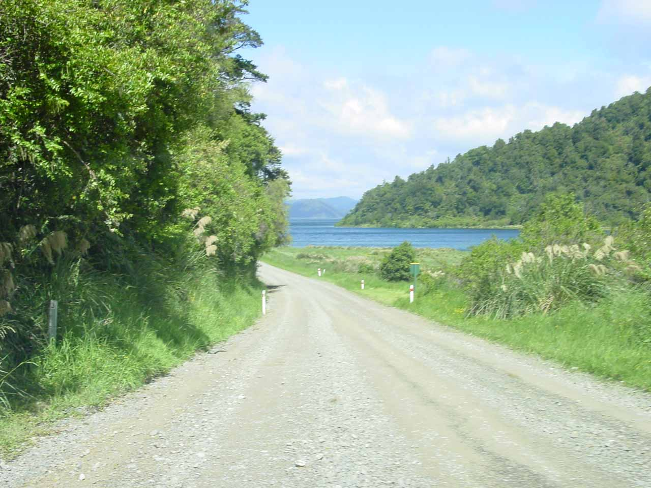 Continuing on the unsealed road through Te Urewera National Park and along the eastern shore of Lake Waikaremoana as we slowly made our way towards Wairoa