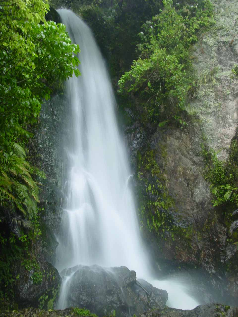 Our first clean look at the front of Te Wairoa Falls