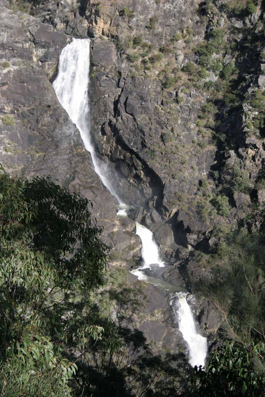 Nearby Apsley Falls was Tia Falls, which was a very impressive waterfall also in Oxley Wild Rivers National Park