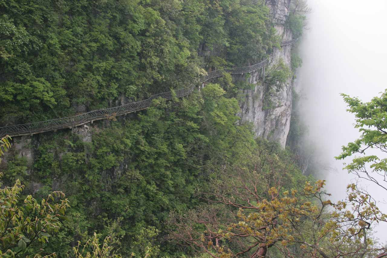 More cliffhugging walkways amongst the mist