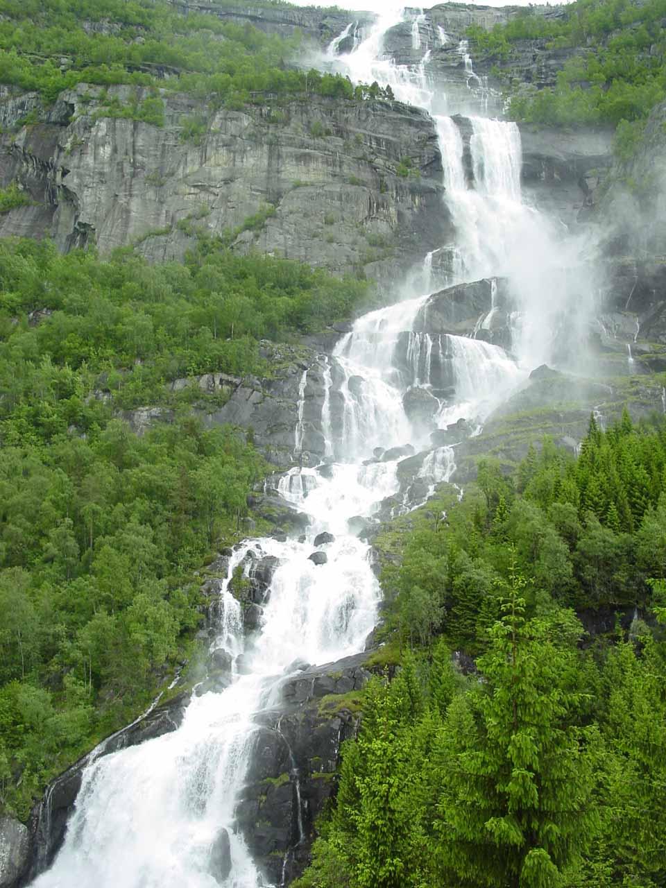 Looking towards the lower tiers of Tjørnadalsfossen