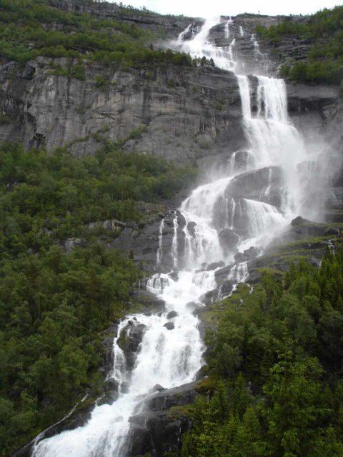 Tjornadalsfossen_009_jx_06242005 - Tjørnadalsfossen as seen from our first visit in June 2005