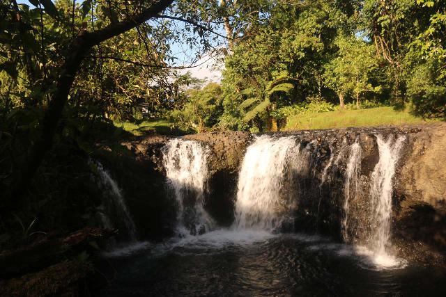 Togitogiga_Waterfall_047_11112019
