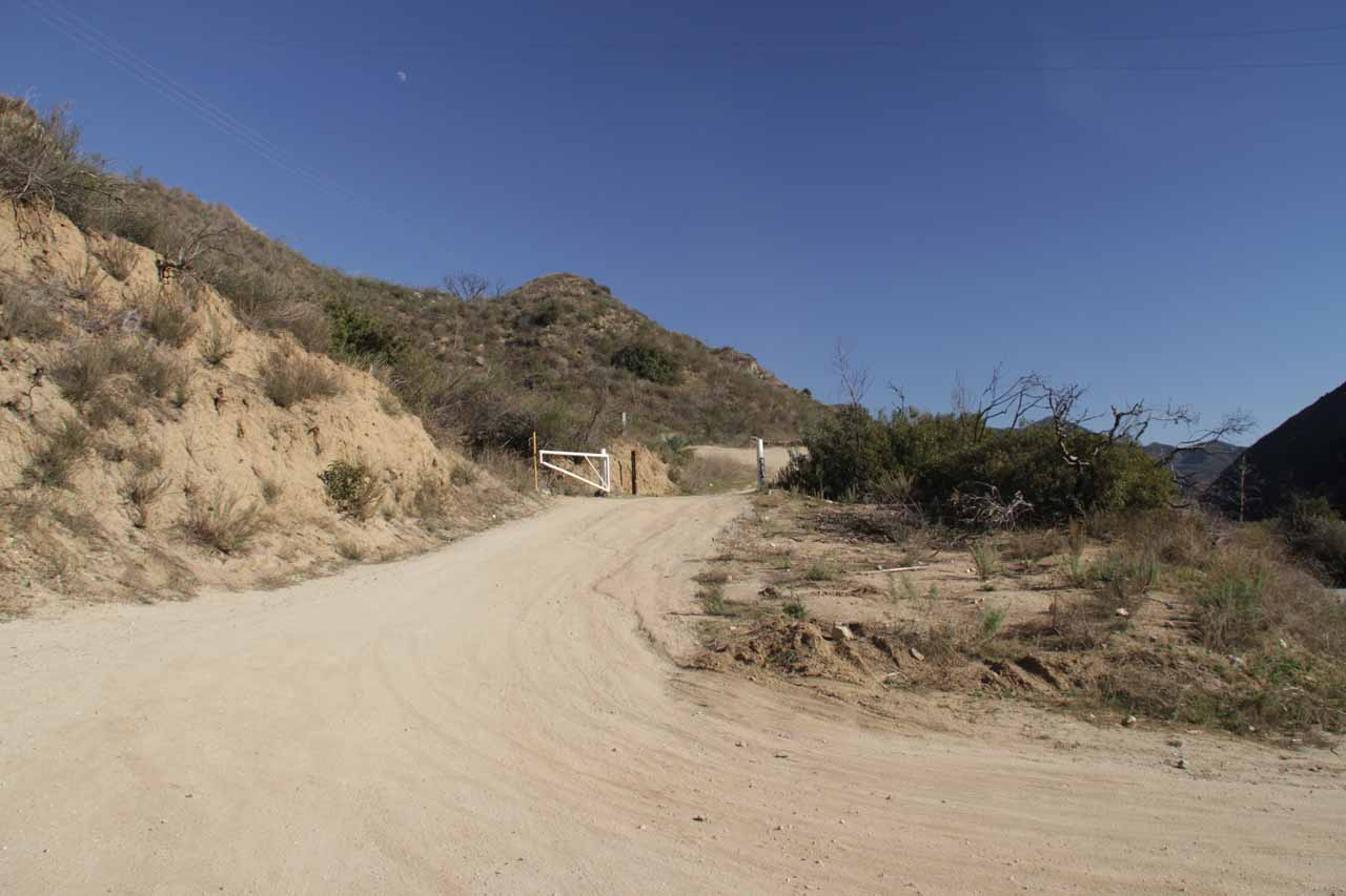 Start of the access road leaving Big Tujunga Canyon Rd