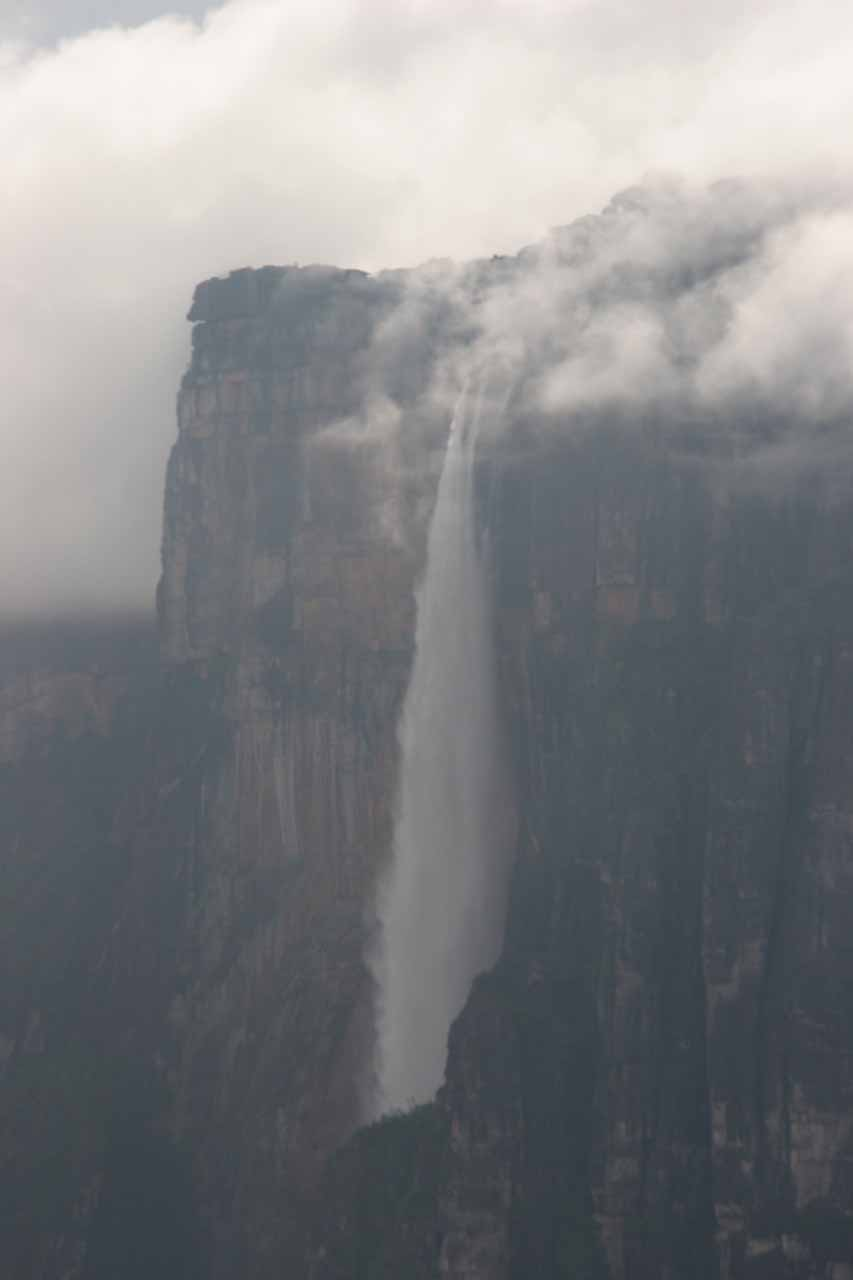Aerial profile view of Angel Falls