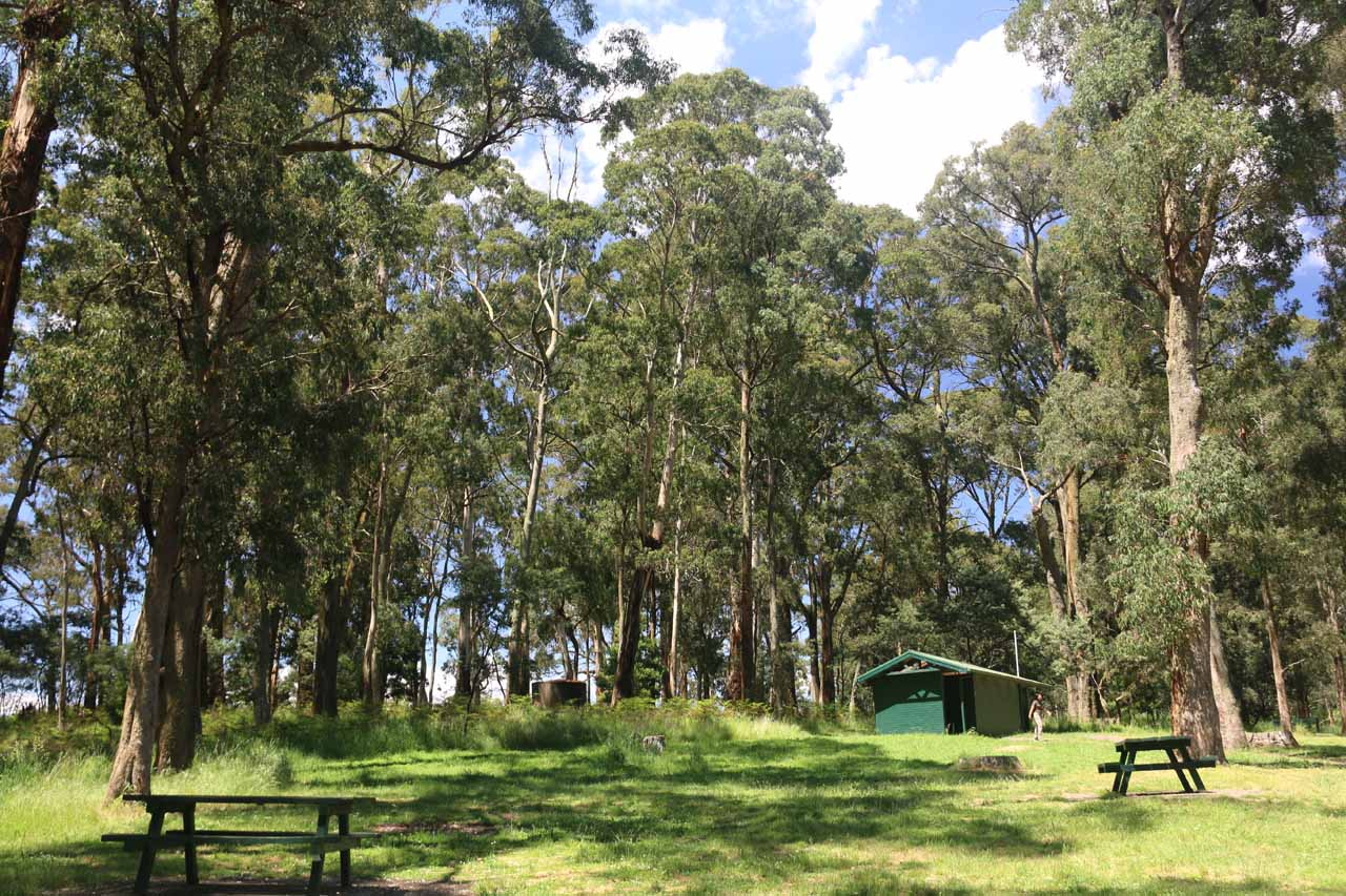 Picnic tables and a restroom facility at the Trentham Falls car park