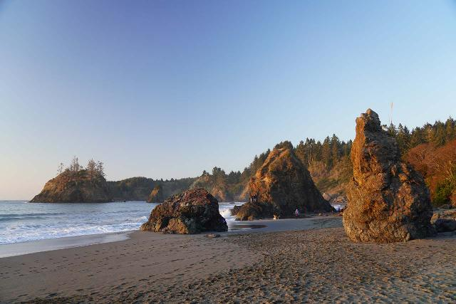Trinidad_Beach_055_11212020 - After the brief Trillium Falls hike, we made it to the rock stacks within the scenic Trinidad Beach just in time for sunset