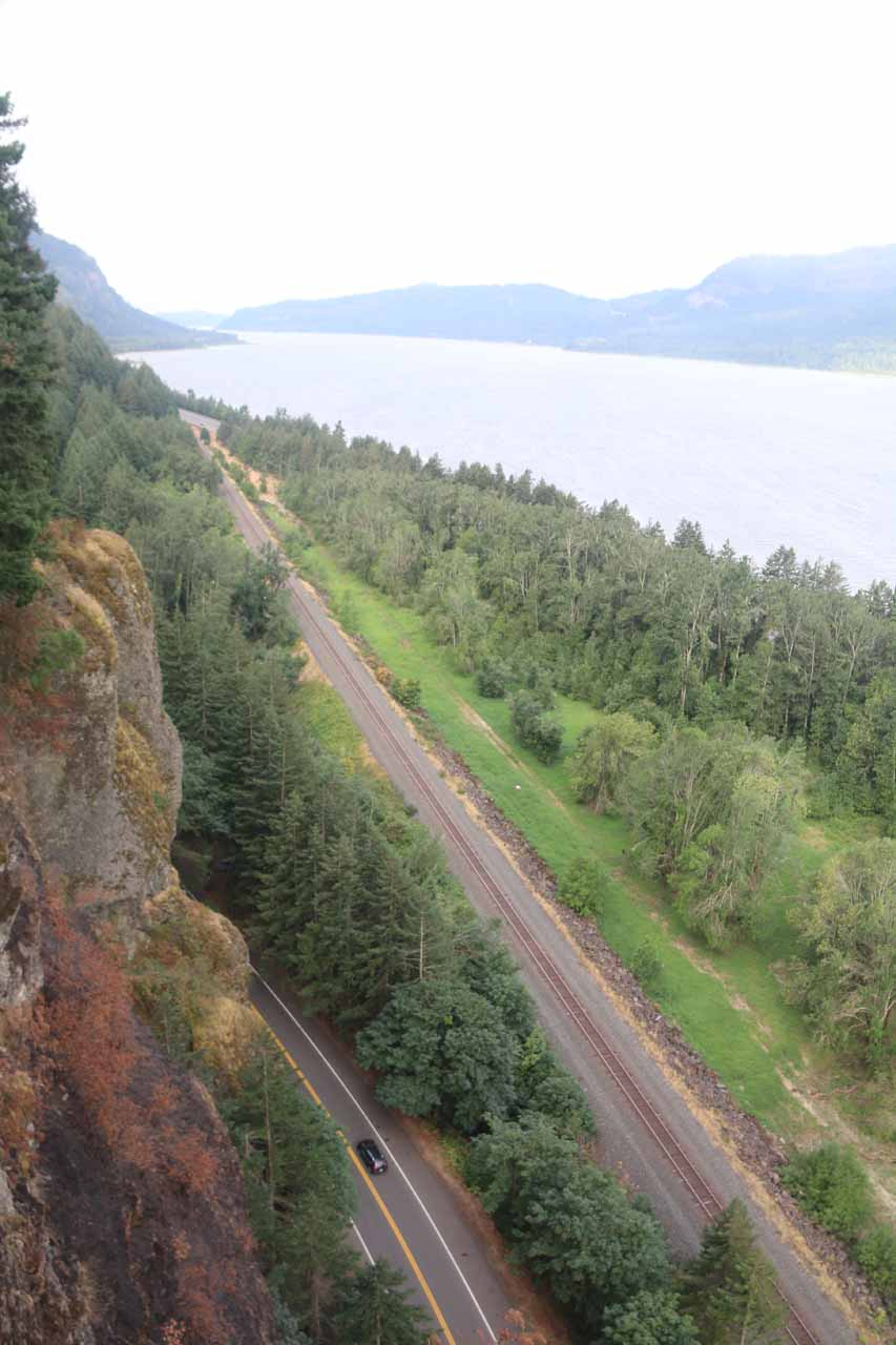 This was the precipitous 'viewpoint' a short detour off the Triple Falls Trail looking west over the Columbia River Gorge with the railroad tracks and the Historic Columbia River Hwy below for scale