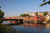 Trondheim_035_07122019 - Another look towards the pretty colorful buildings around Nidelva with the Gamle Bybro in Trondheim