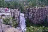 Tumalo_Falls_083_06272021 - Context of the Tumalo Falls viewpoint and the water fall itself