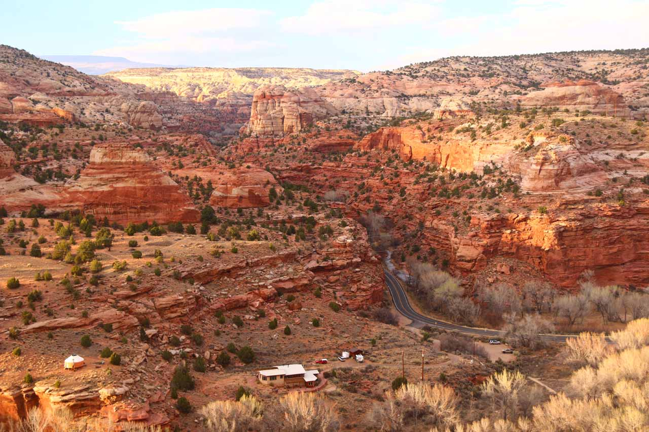 Between Escalante and Boulder, the UT12 State Highway passed through scenic sandstone wilderness near Calf Creek and the Escalante River