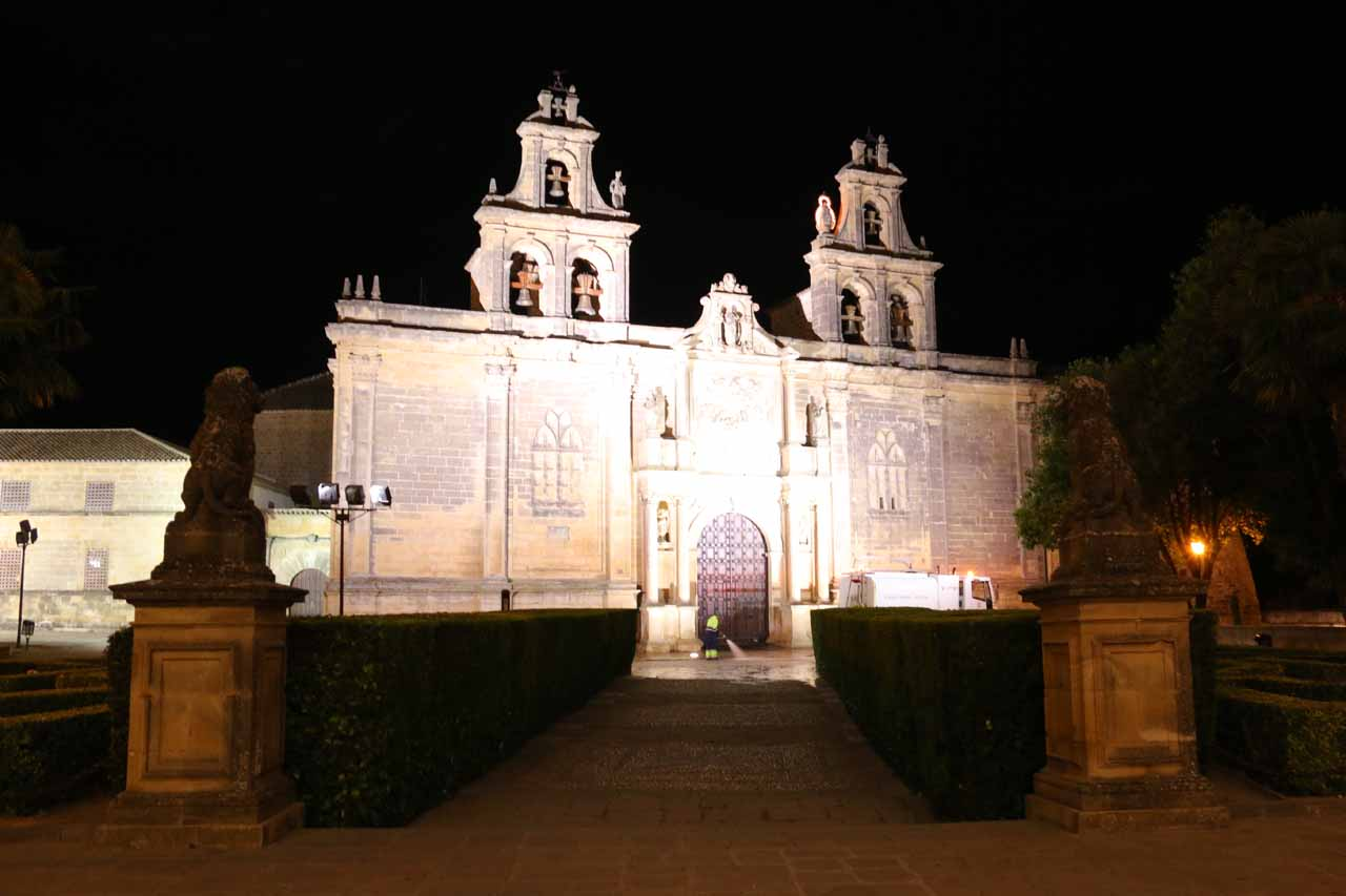 Night touring the main sights of the city center in Ubeda