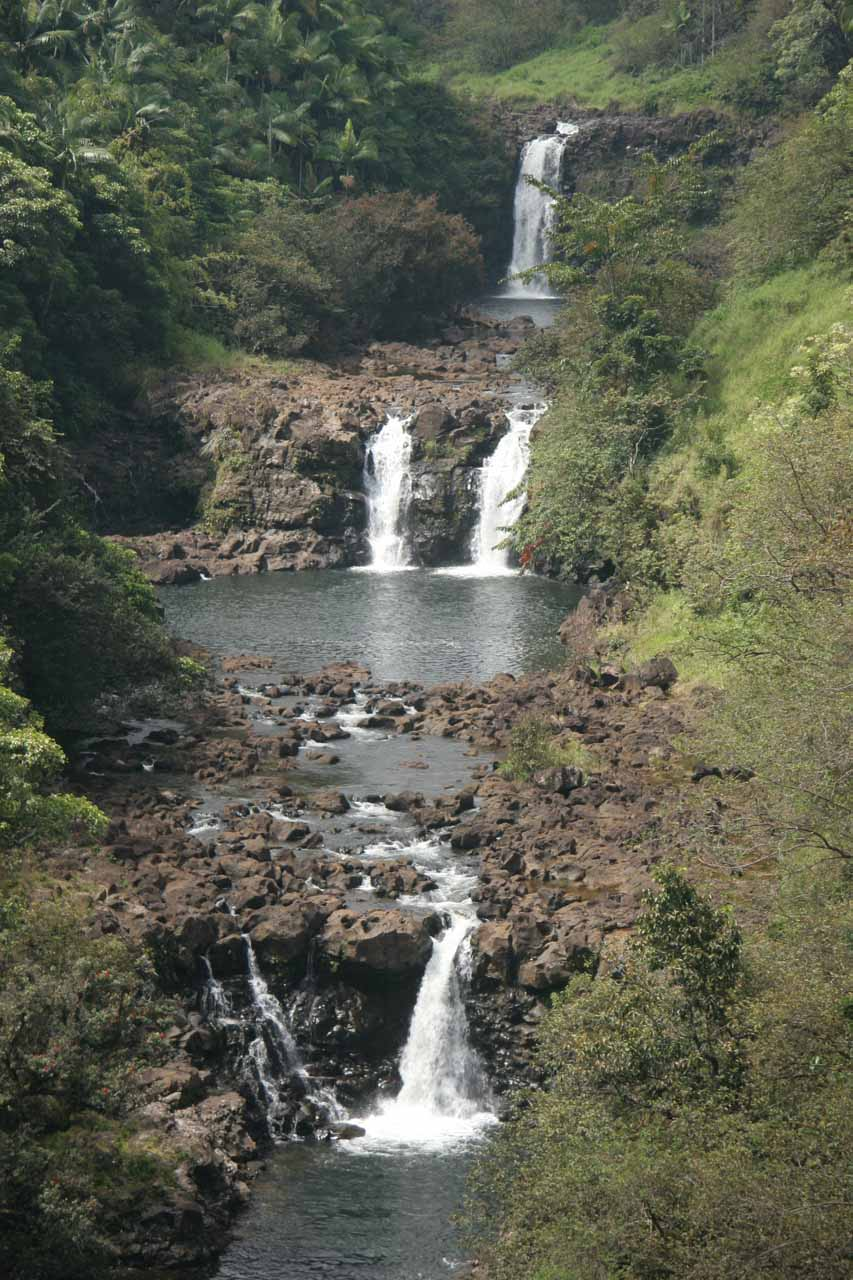 All zoomed in on the multi-tiered Umauma Falls