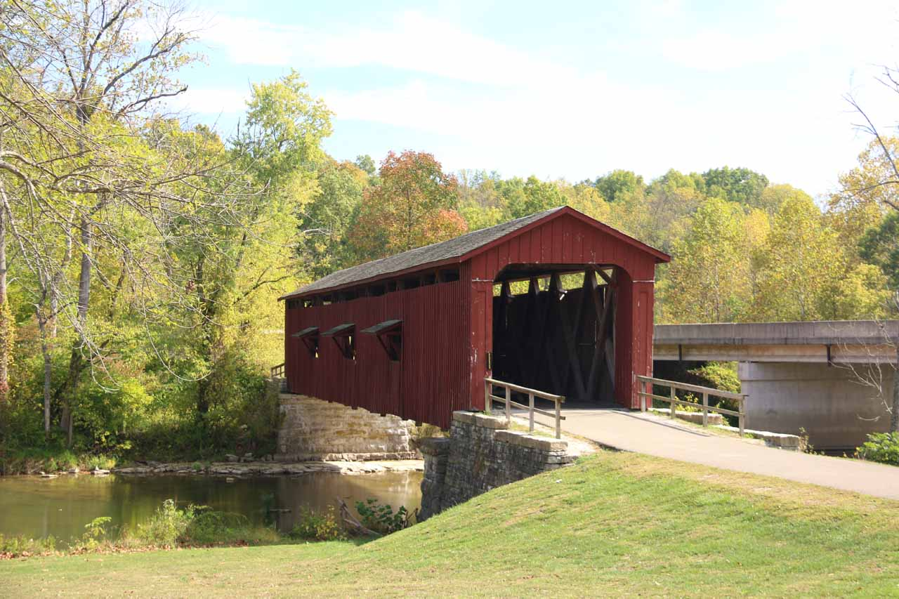 The covered bridge upstream of the Upper Cataract Falls