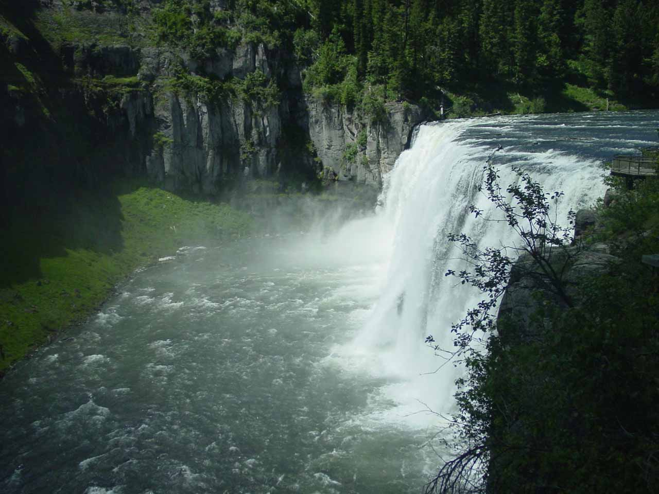 This was what the Upper Mesa Falls looked like back in June 2004