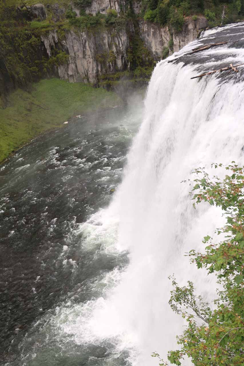 The brink of the Upper Mesa Falls